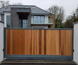 Synthetic Wooden Automatic Gates